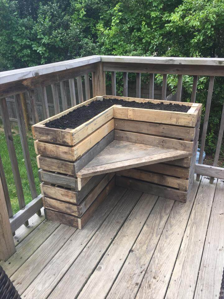 hand-built rustic pallet corner planter bench