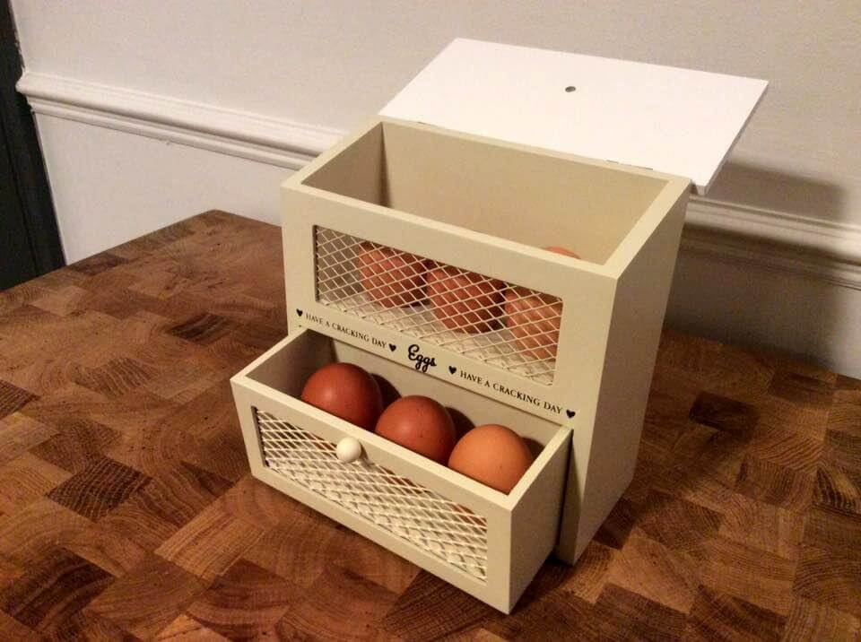 cute pallet egg holder