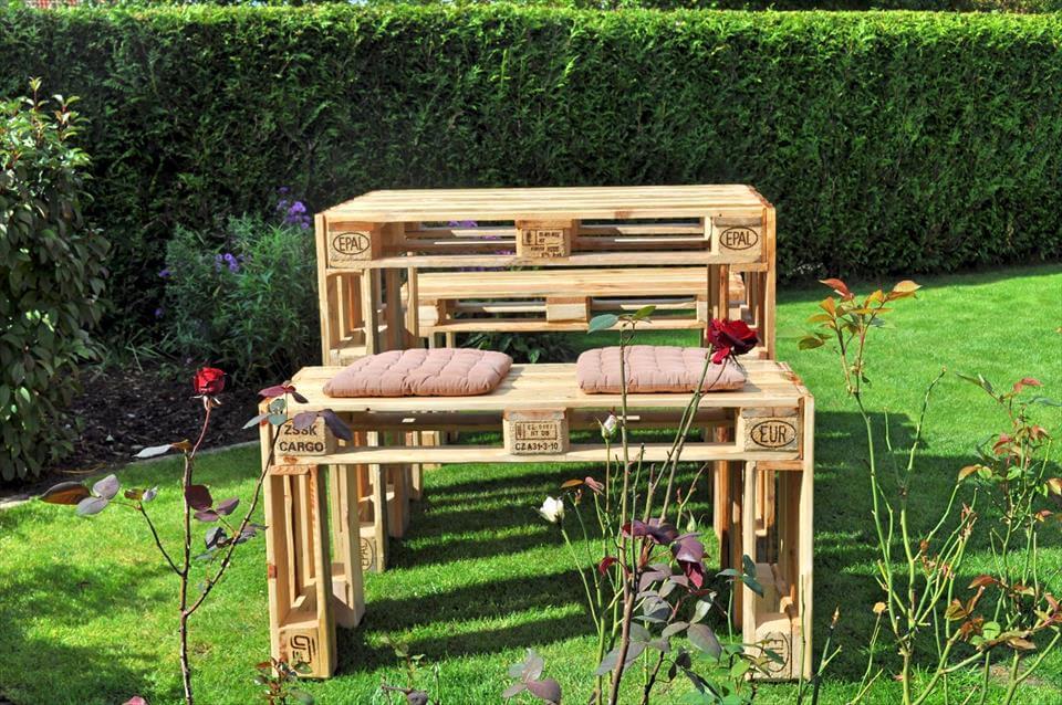 pallet outdoor breakfast table
