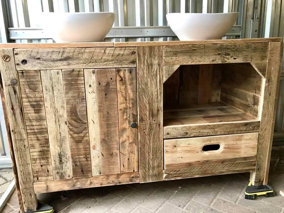 Re-purposed pallet bathroom cabinet