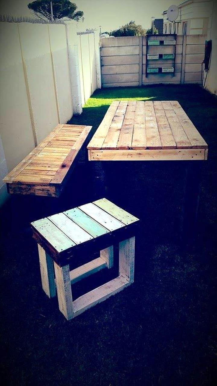 handmade pallet dining table set