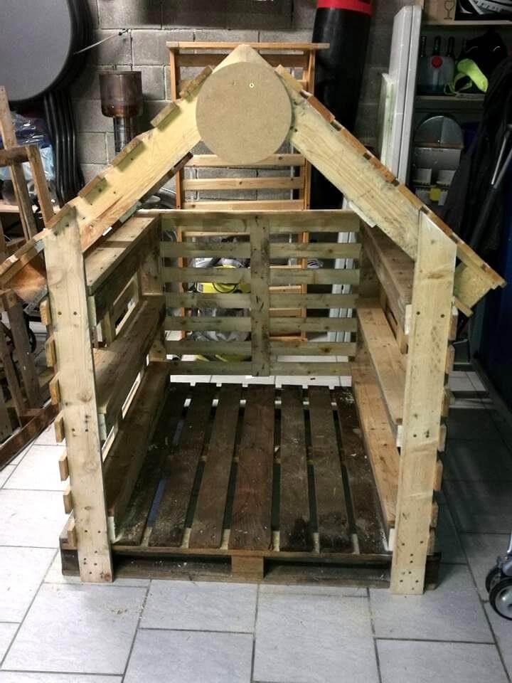 handmade pallet dog house