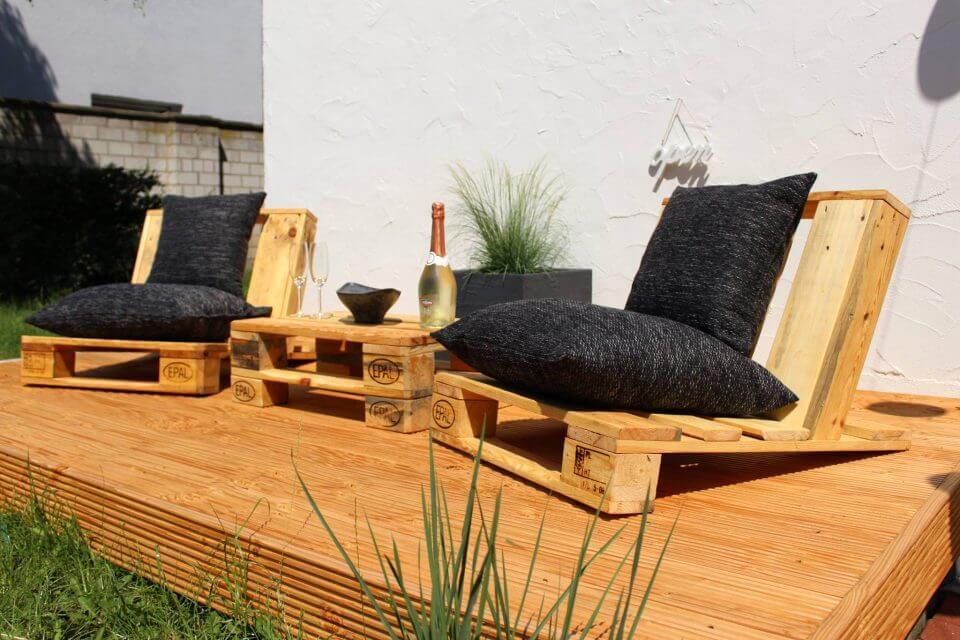 pallet deck seating
