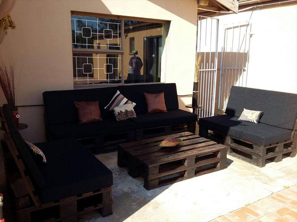 pallet seating for patio