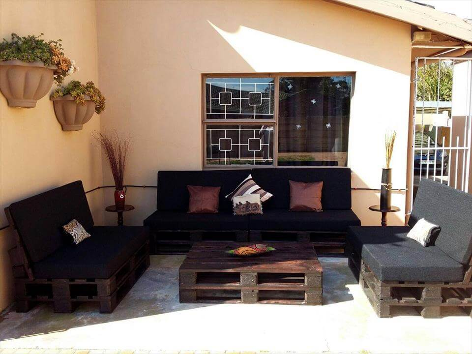 wooden pallet patio seating set