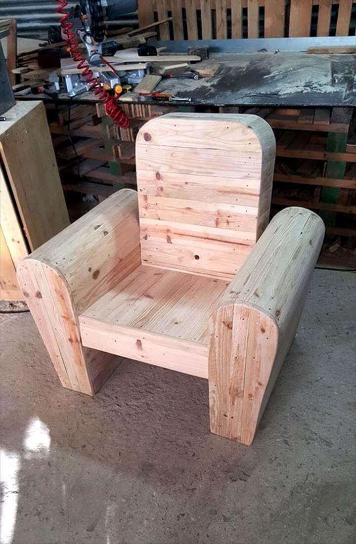 wooden pallet seat chair