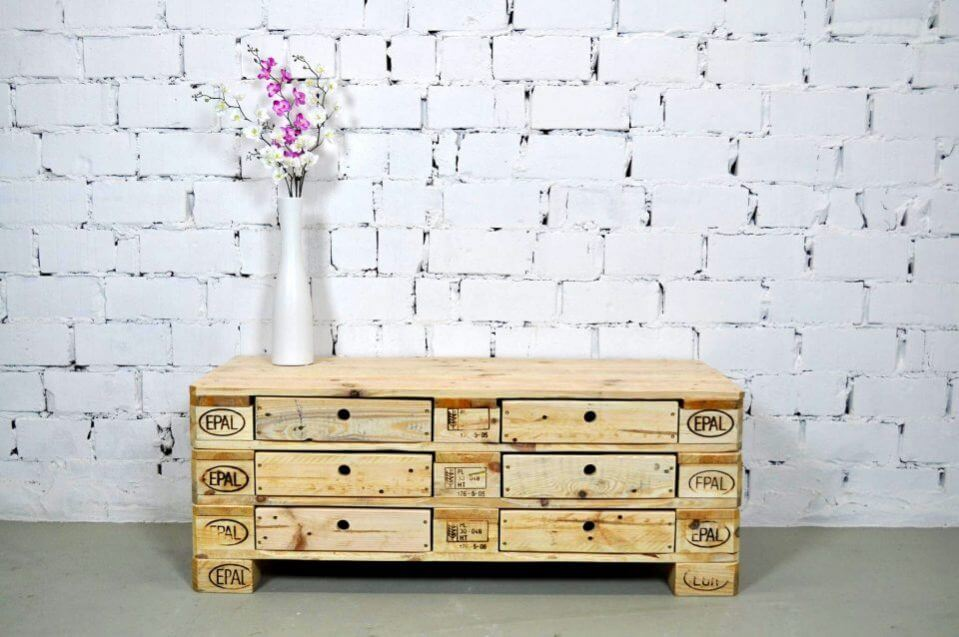 simple pallet chest of drawer