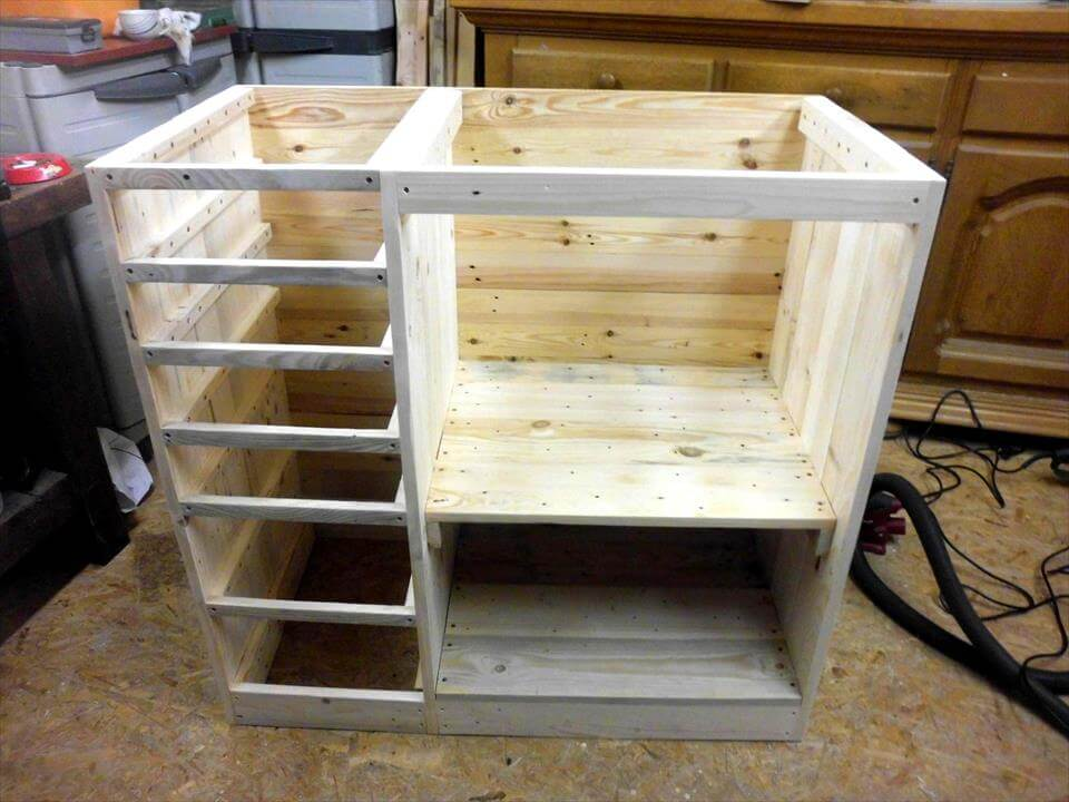 awesome pallet chest design