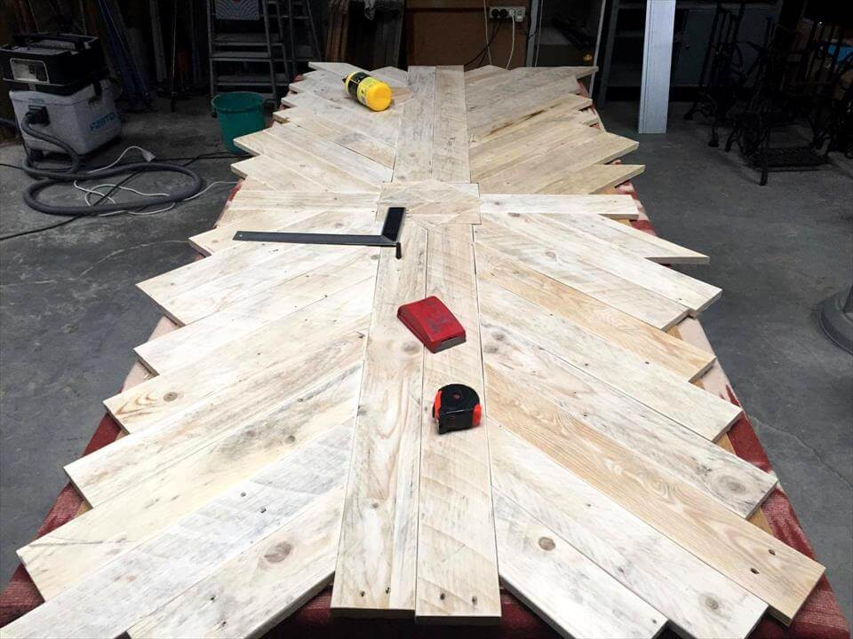 lovely pallet dining table