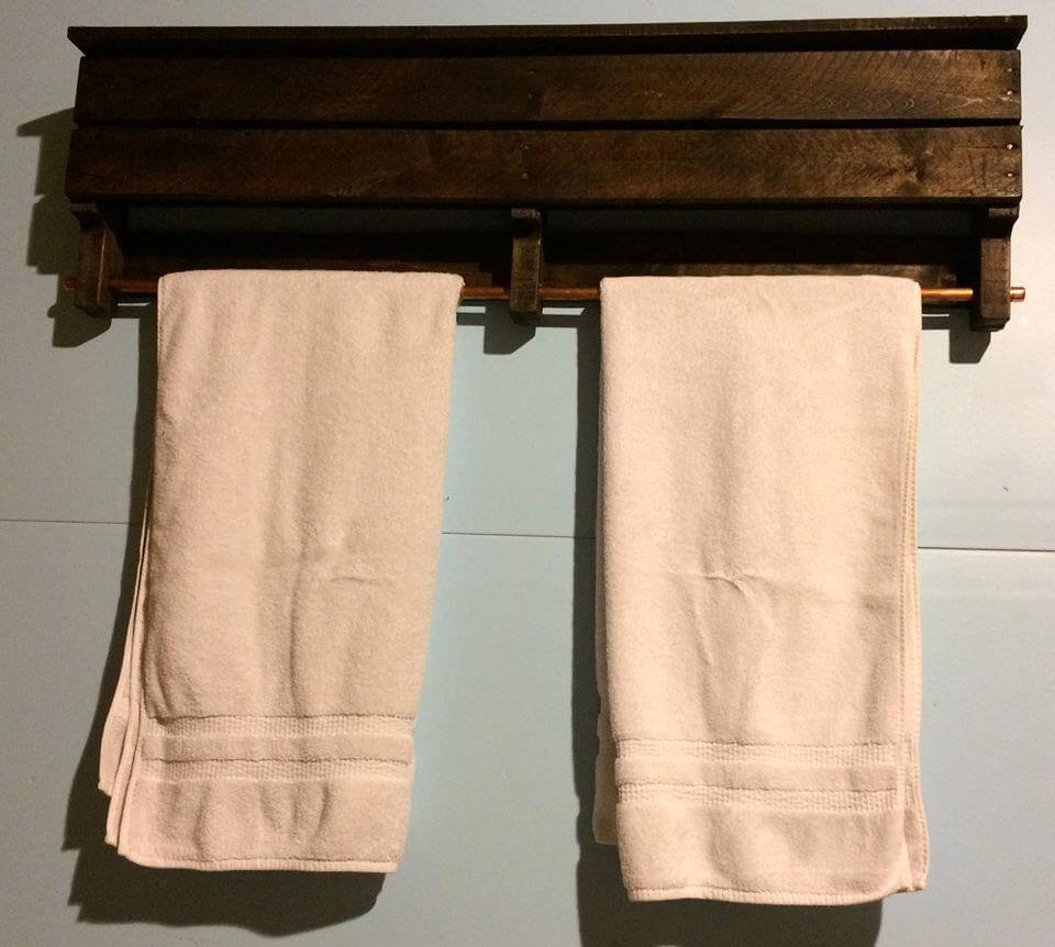 handmade pallet towel rack