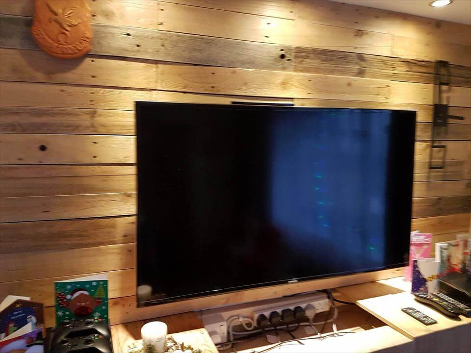 rustic pallet wall paneling