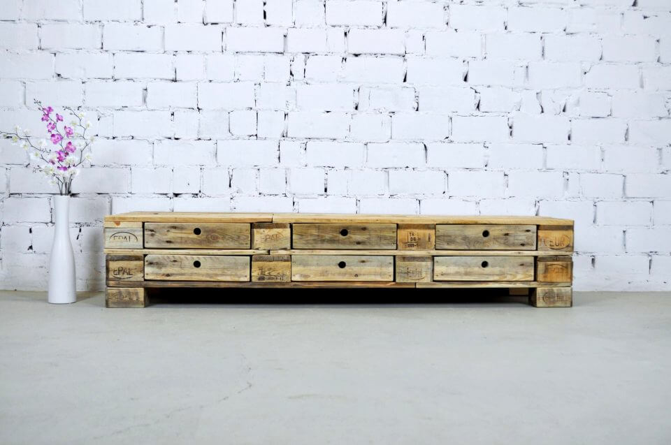 large in size pallet chest of drawers