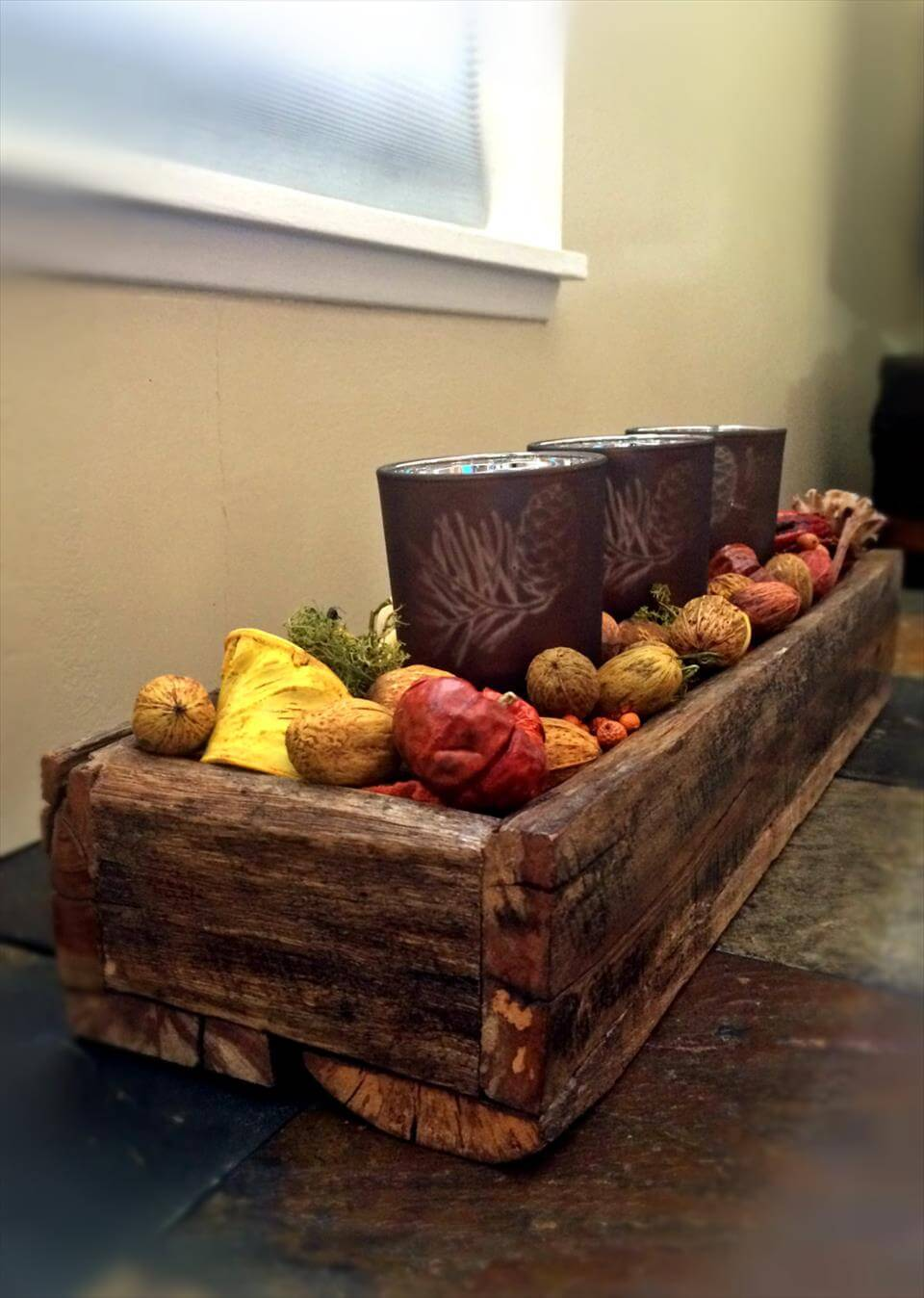 awesome pallet decorative box