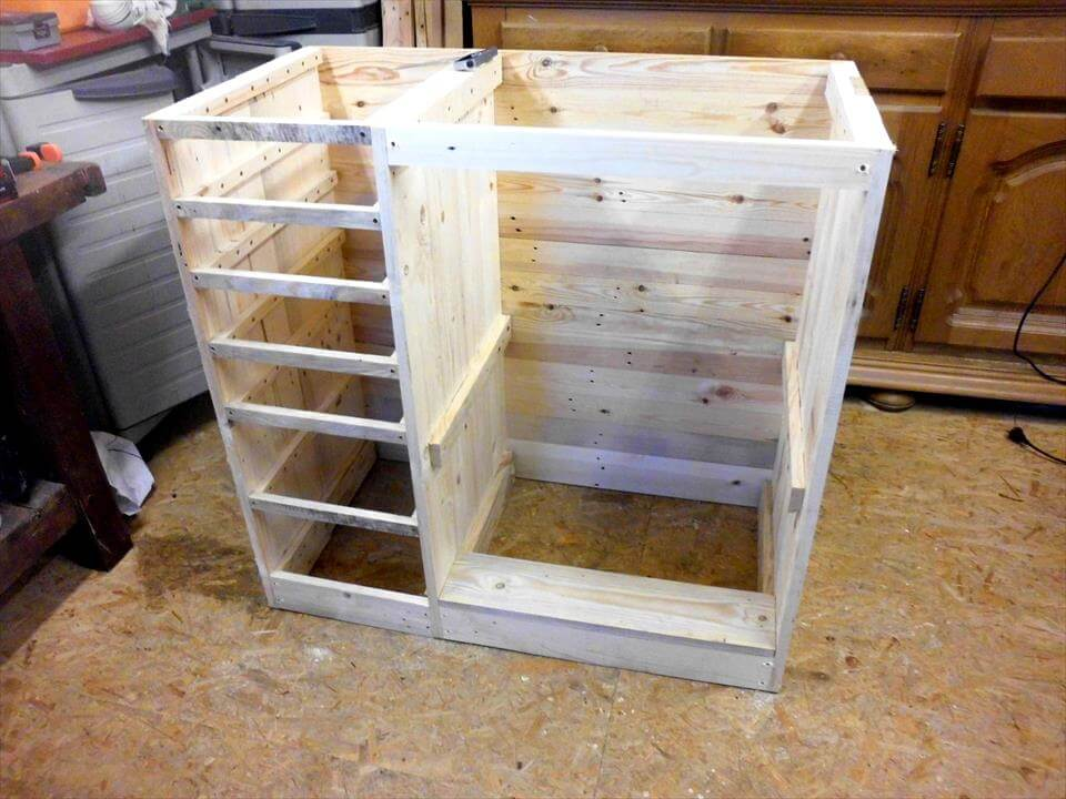 simple pallet chest of drawers
