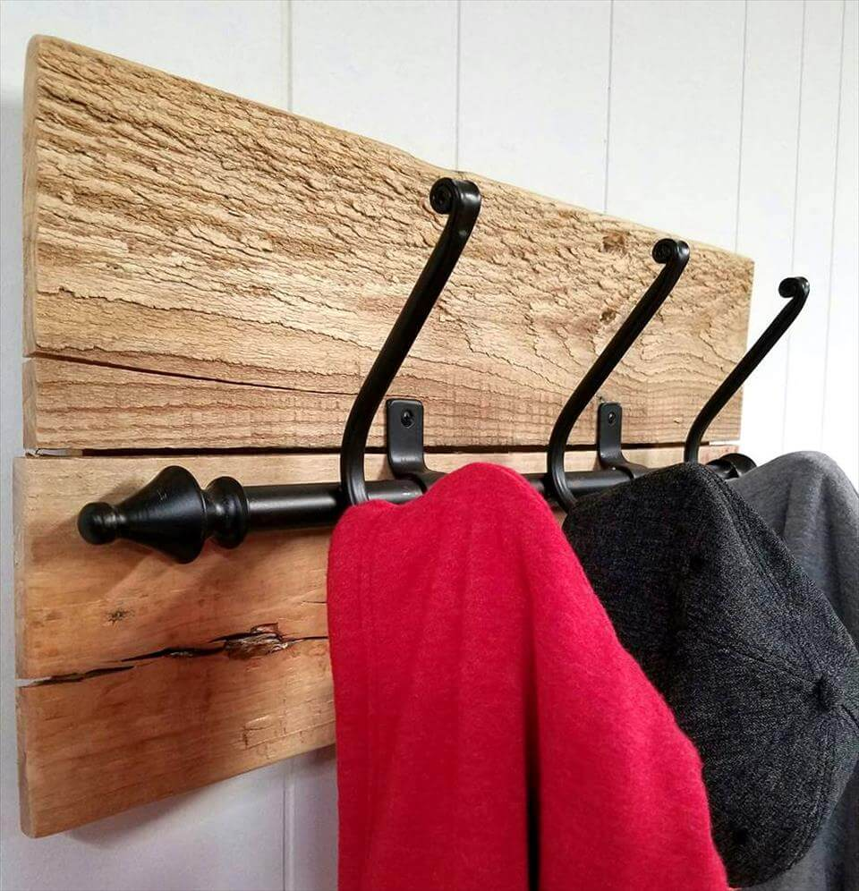 cute pallet coat rack design