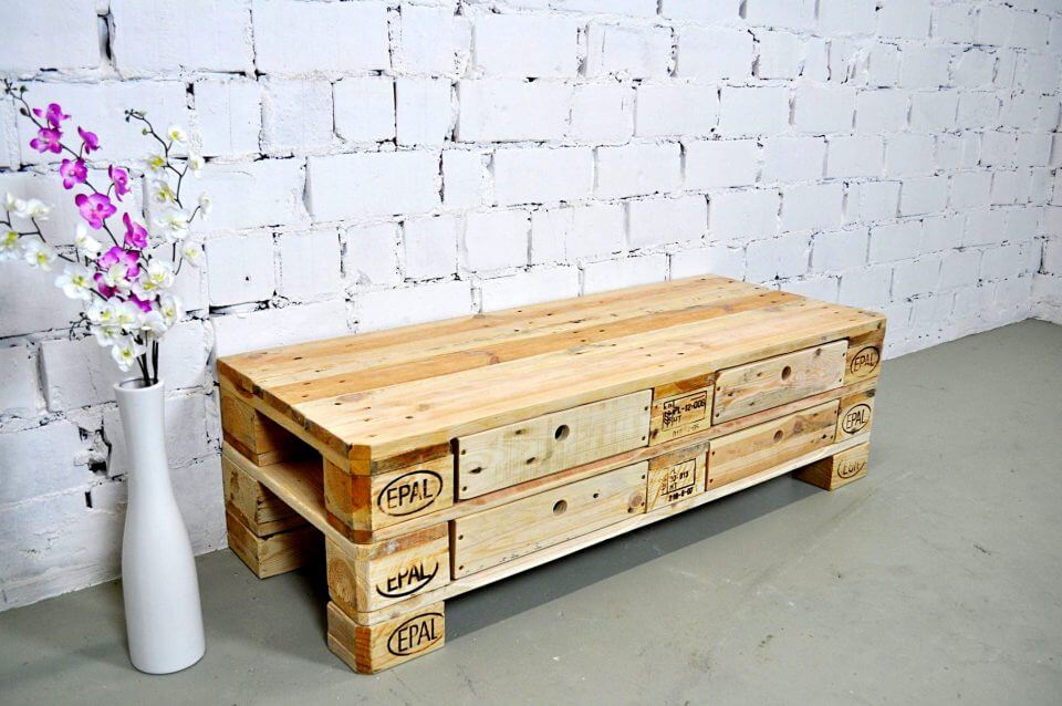 simple and elegant pallet chest of drawers