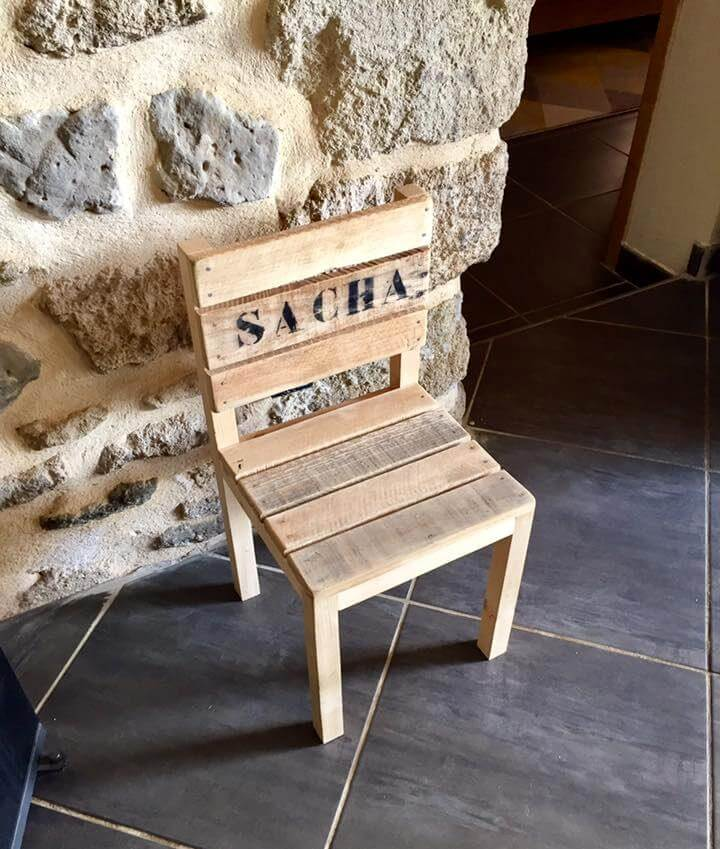 pallet small cute chair