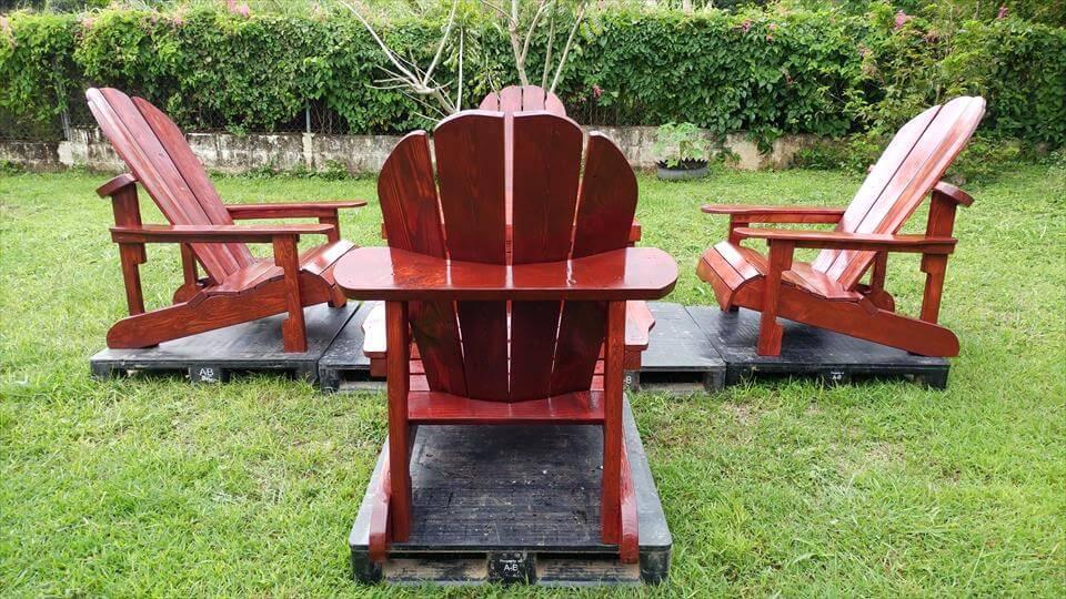 diy pallet Adirondack seating