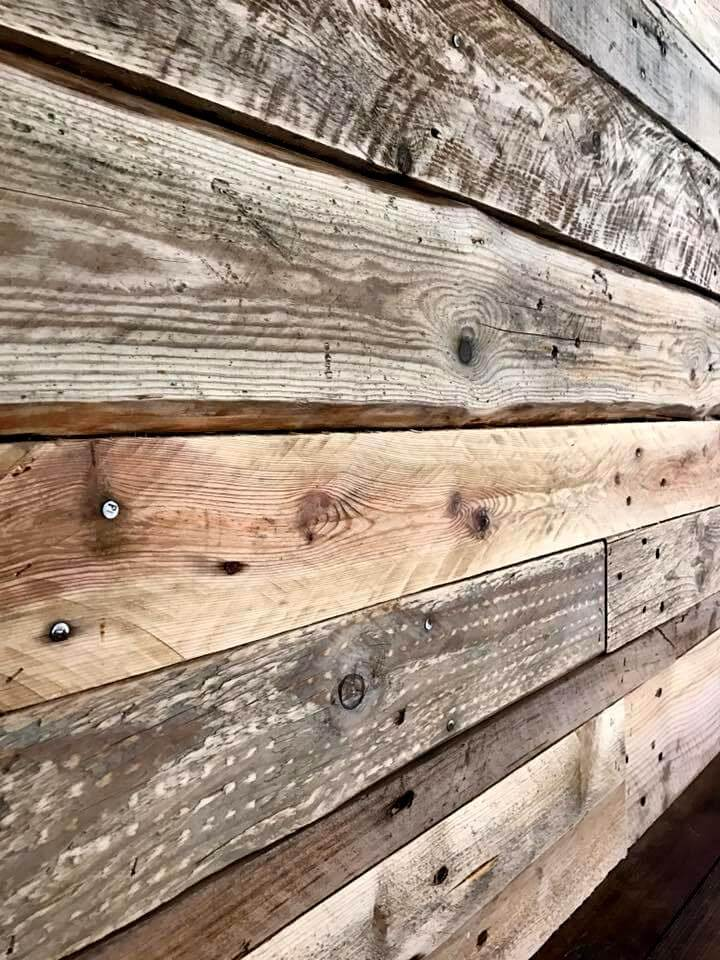 gorgeous pallet wall paneling