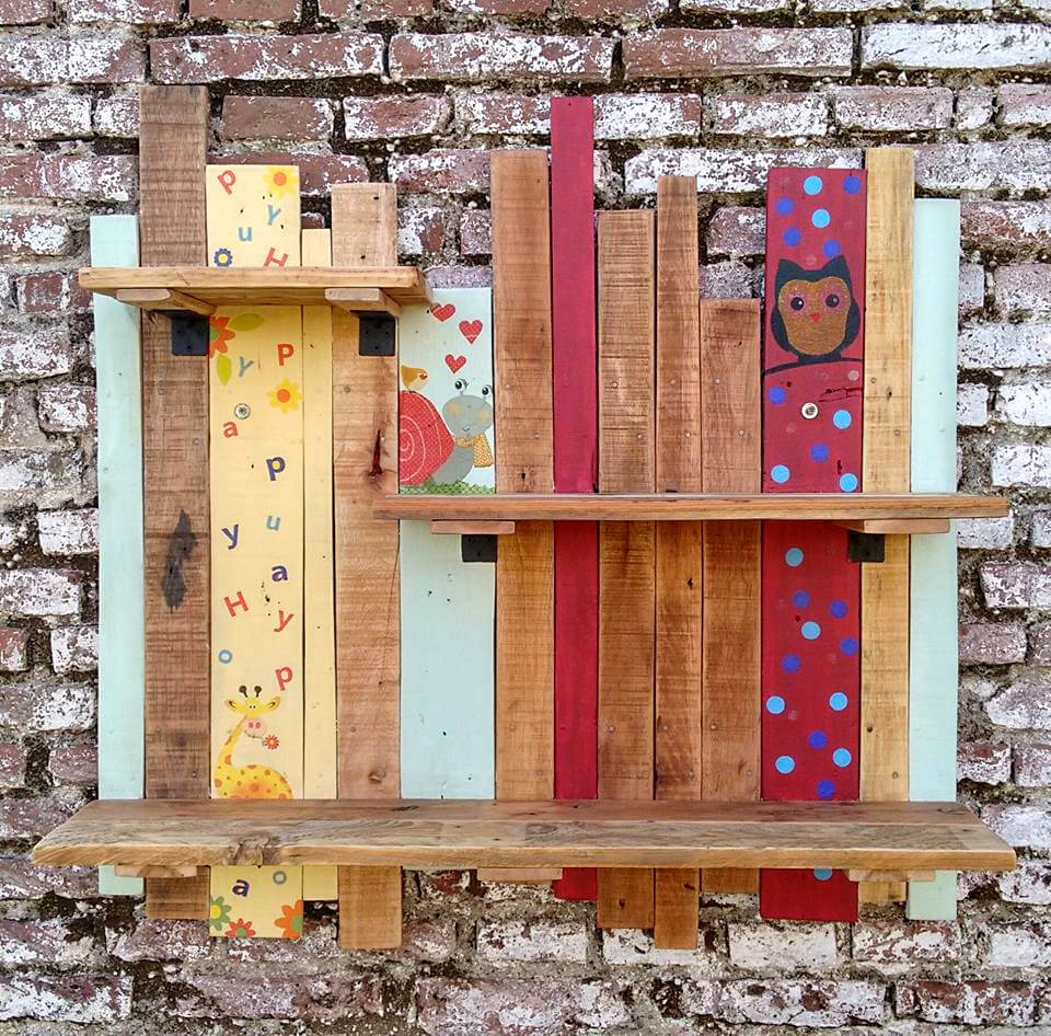 no-cost custom pallet wall hanging display shelf