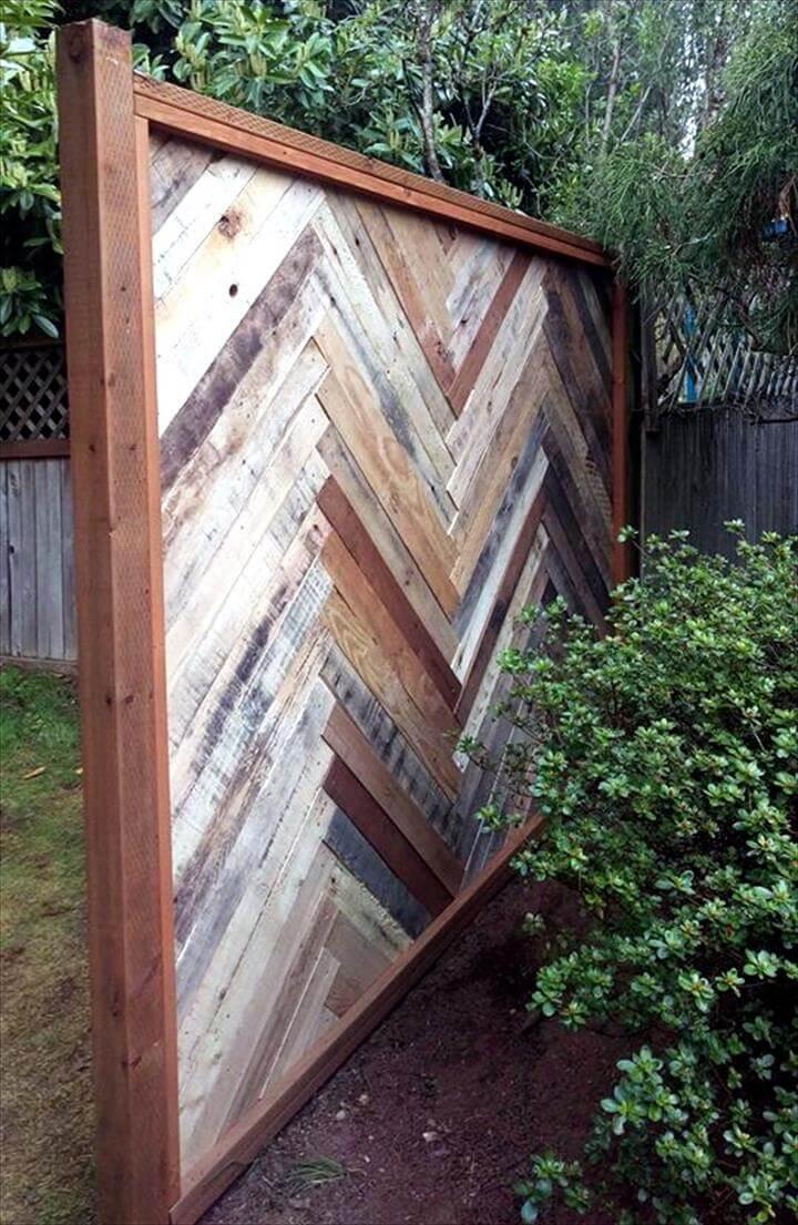 no-cost robust wooden pallet chevron headboard