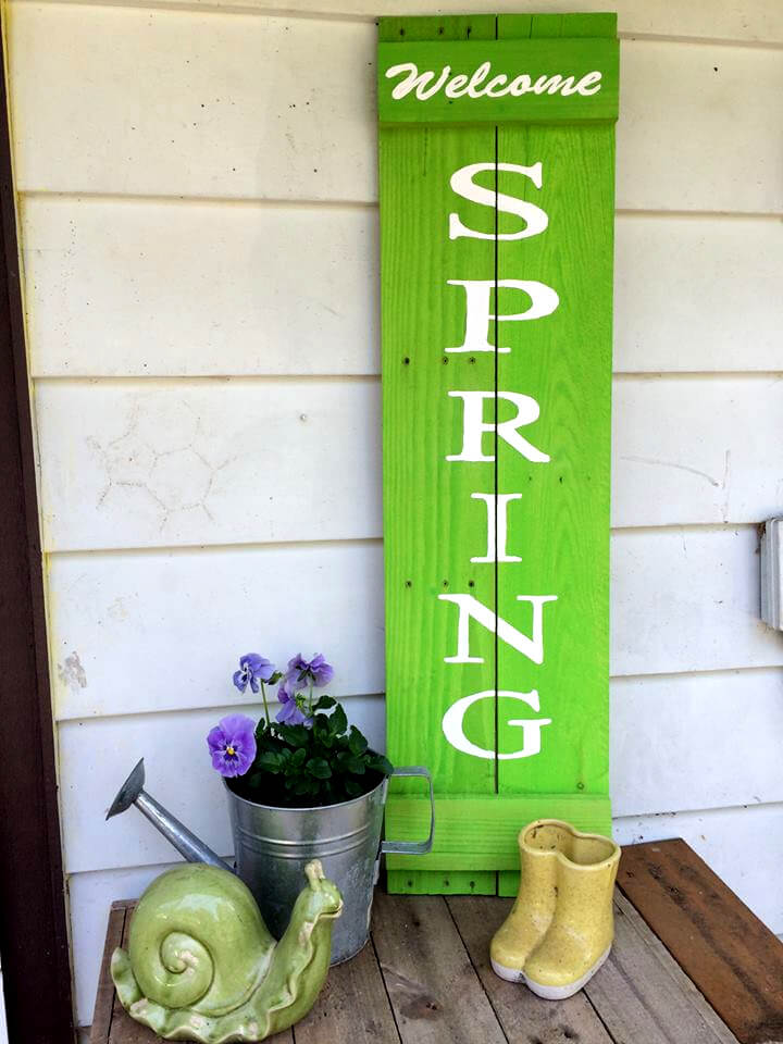 upcycled wooden pallet welcome spring wall art