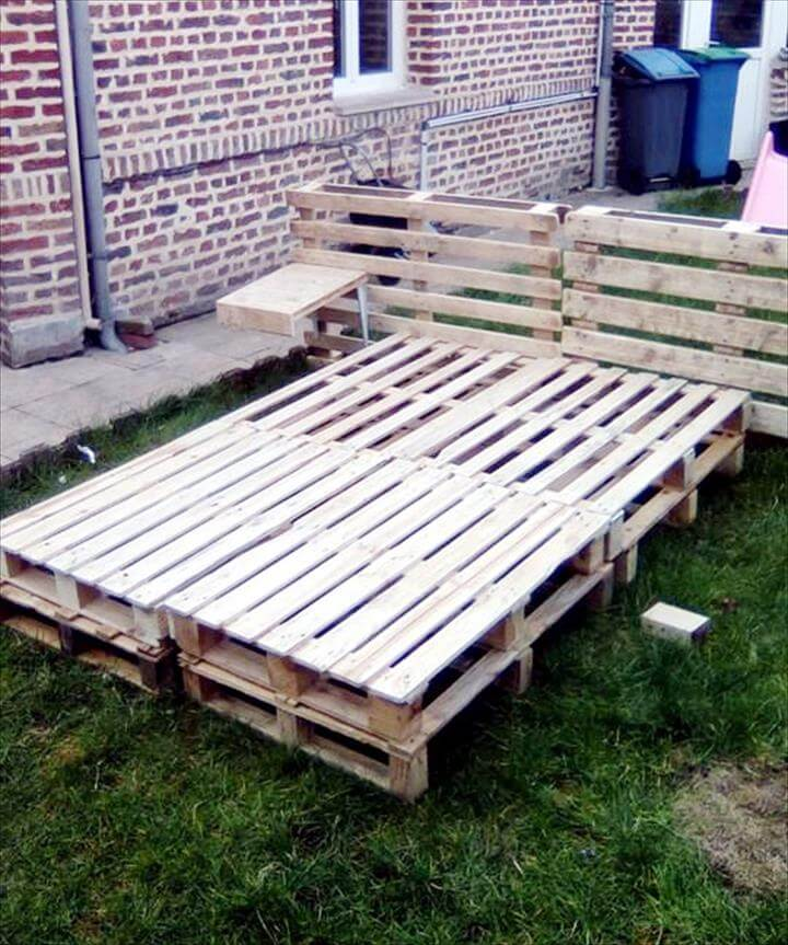 upcycled pallet bed with headboard
