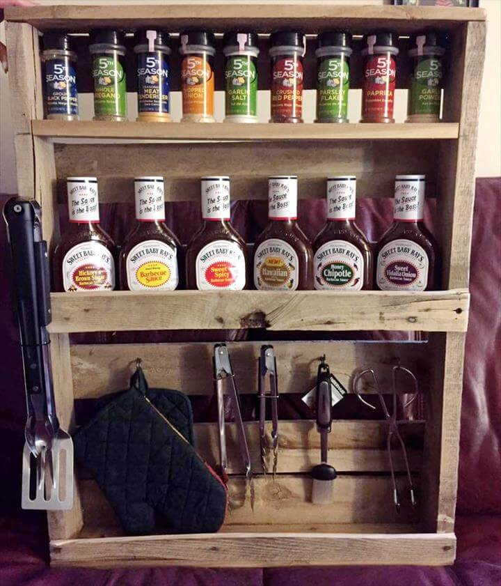 wooden pallet beverage bottle rack with tool hooks