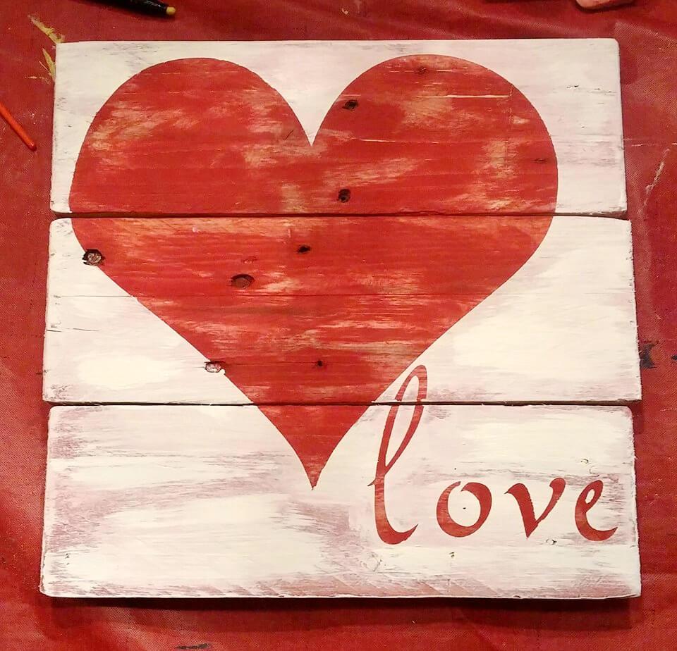 pallet red heart wall art