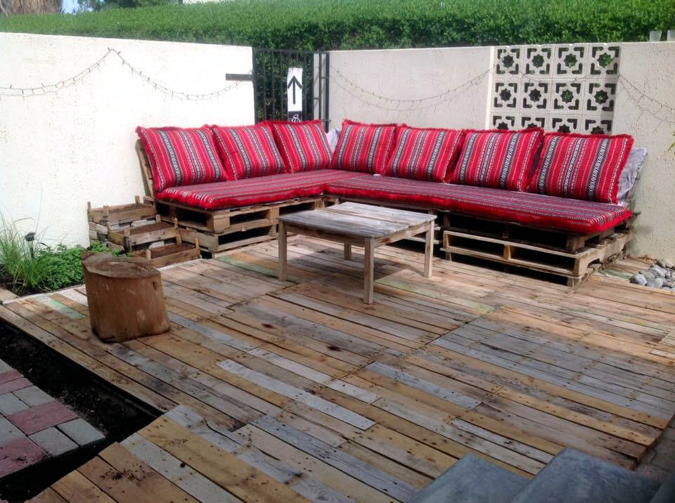 pallet deck and sofa project