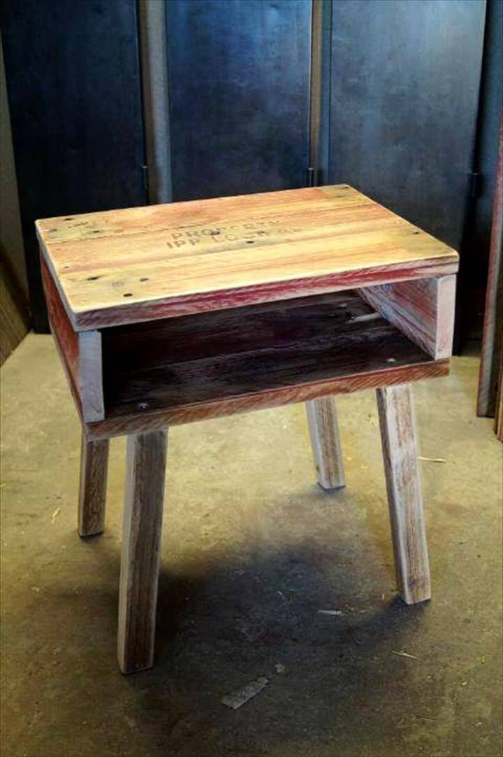 retro style pallet side table