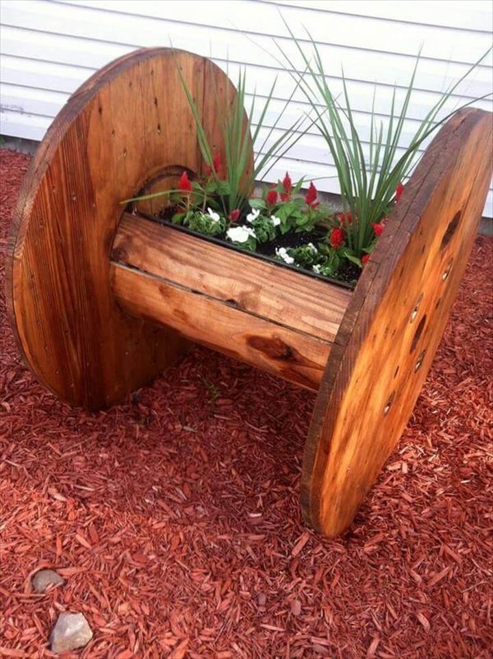 diy old spool garden planter