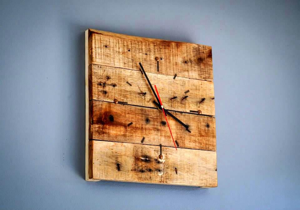 custom pallet wall clock