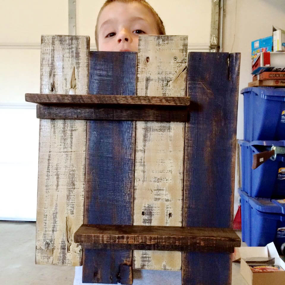 pallet wall display shelf