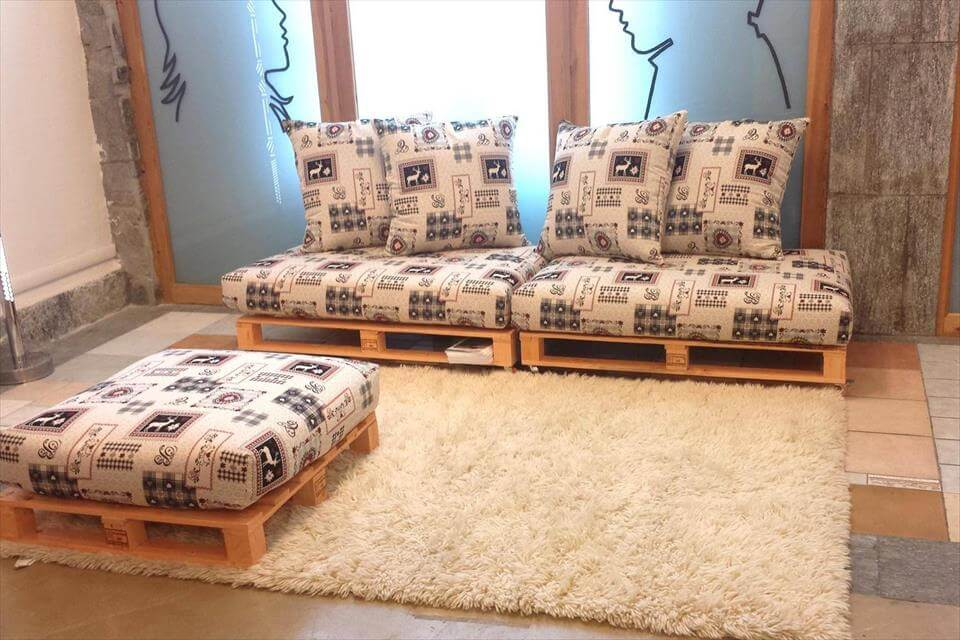 whole pallet cushioned seats and an ottoman